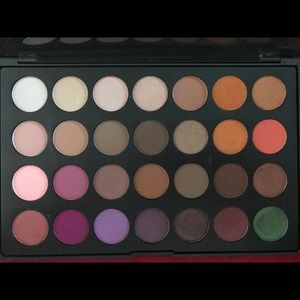 Morphe Jaclyn Hill Eyeshadow Palette First Edition
